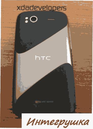 HTC Pyramid на фото